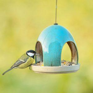 cadeau pour un amoureux des oiseaux - mangeoire